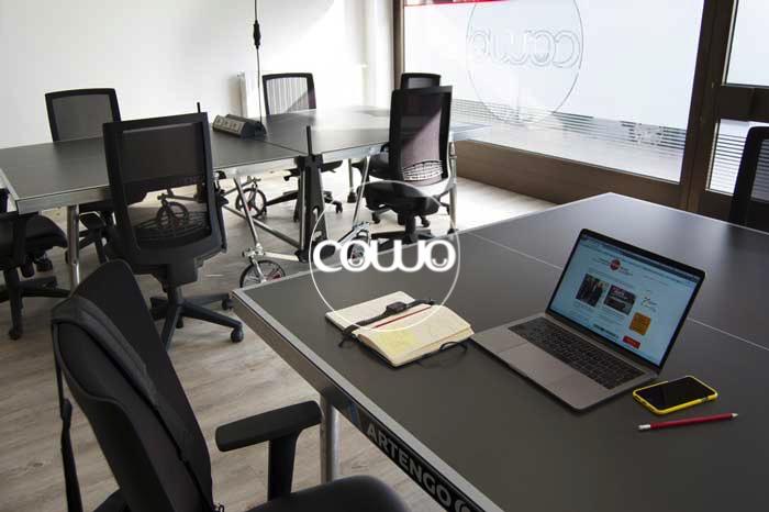 Postazione di lavoro al Coworking Novara