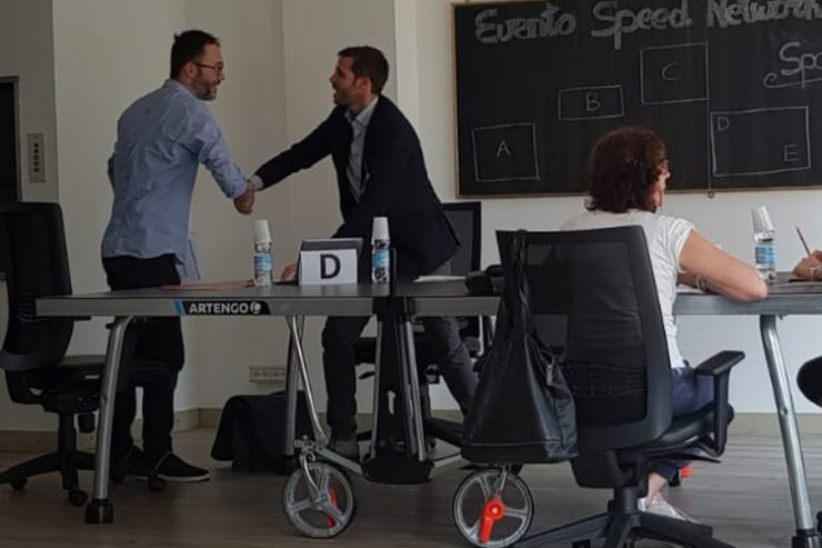 Speed date networking novara